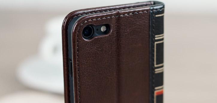 Housse iPhone 8 / 7 Olixar X-Tome Book Case simili cuir – Marron vue sur appareil photo