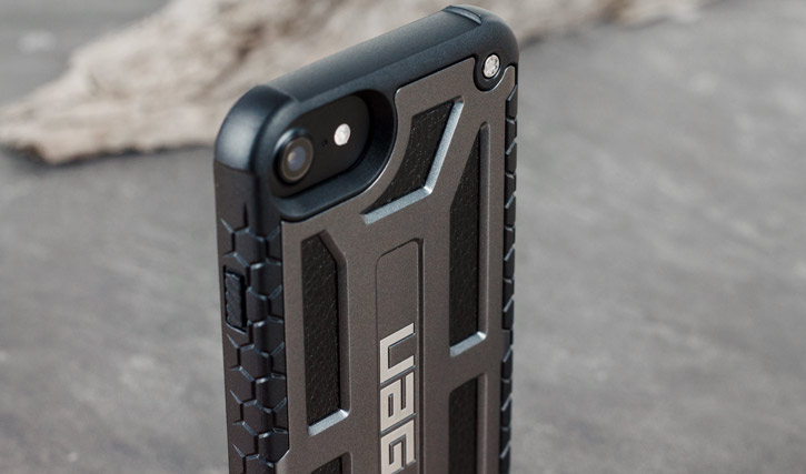 UAG Monarch Premium iPhone 8 / 7 Protective Case - Graphite