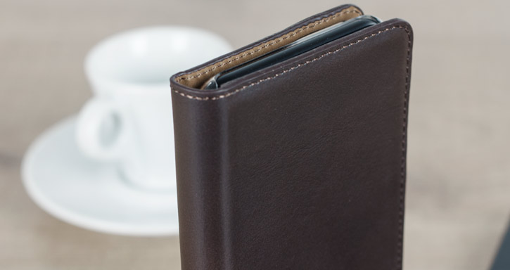 Olixar Genuine Leather iPhone 7 Plus Executive Wallet Case - Brown