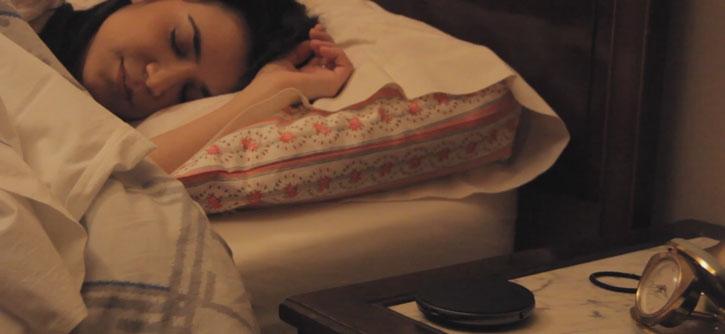 thing want iluv smartshaker 2 bluetooth vibrating pillow alarm black view