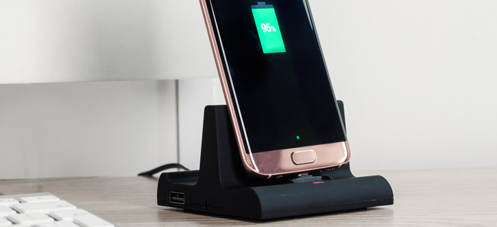Universal Micro USB Charge And Sync Desktop Dock - Black