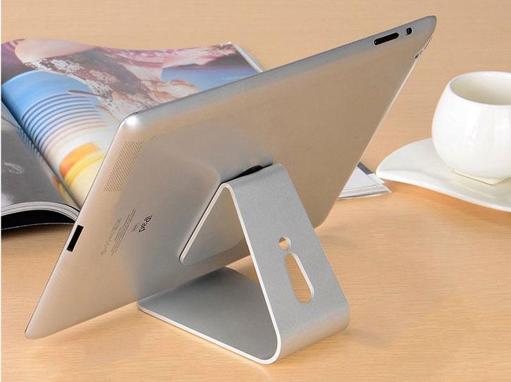 Support bureau universel en métal pour smartphone et tablette – Argent