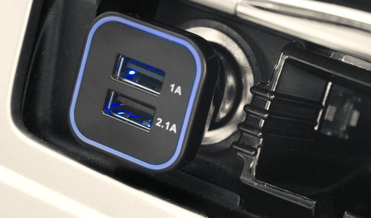Olixar DriveTime iPhone SE Car Holder & Charger Pack