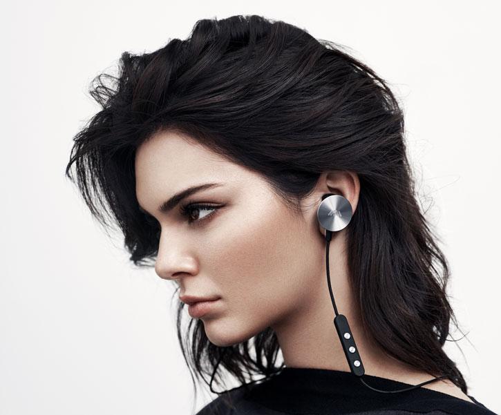 I.am+ Buttons Bluetooth Earphones - Black