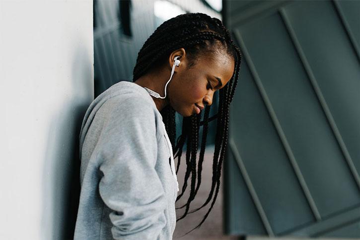 Elyxr Liberty Wireless Bluetooth Earphones - Black / Rose Gold