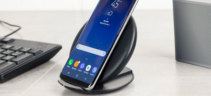 Official Samsung Galaxy Wireless Fast Charger Convertible - Black