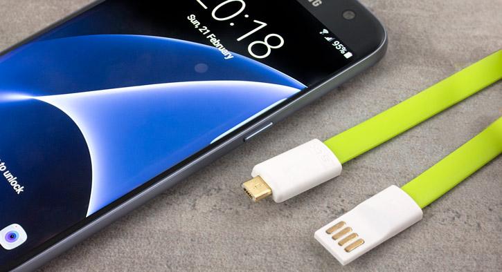 Câble de chargement et synchronisation STK Magnétique Micro USB - Verte