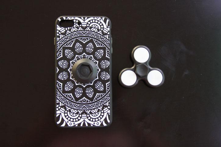 iPhone 7 Fidget Spinner Case - Black / White