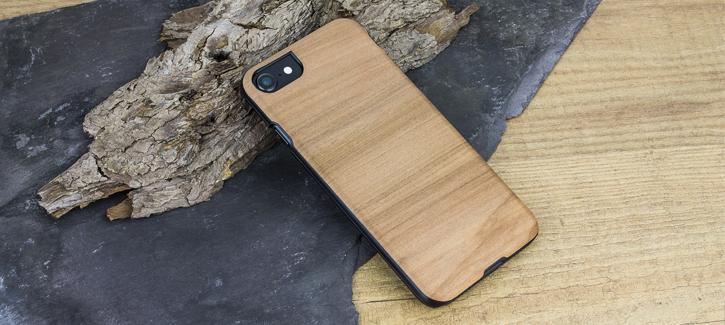 Coque iPhone 8 / 7 Man&Wood Bois - Cappuccino vue sur appareil photo