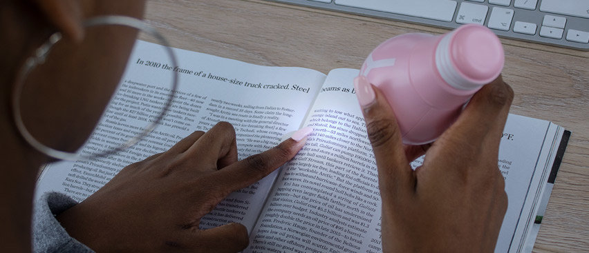 Platina Hand-Hold Mini Fan - Millenial Pink