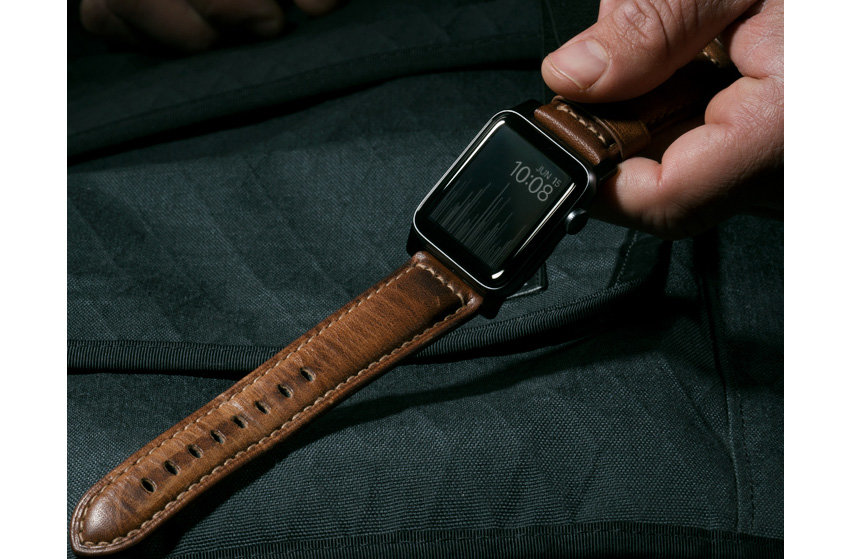 Nomad Apple Watch Strap- 44mm/42mm Black Leather- Silver Hardware